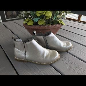 Gap Girls' Metallic Silver Ankle Booties